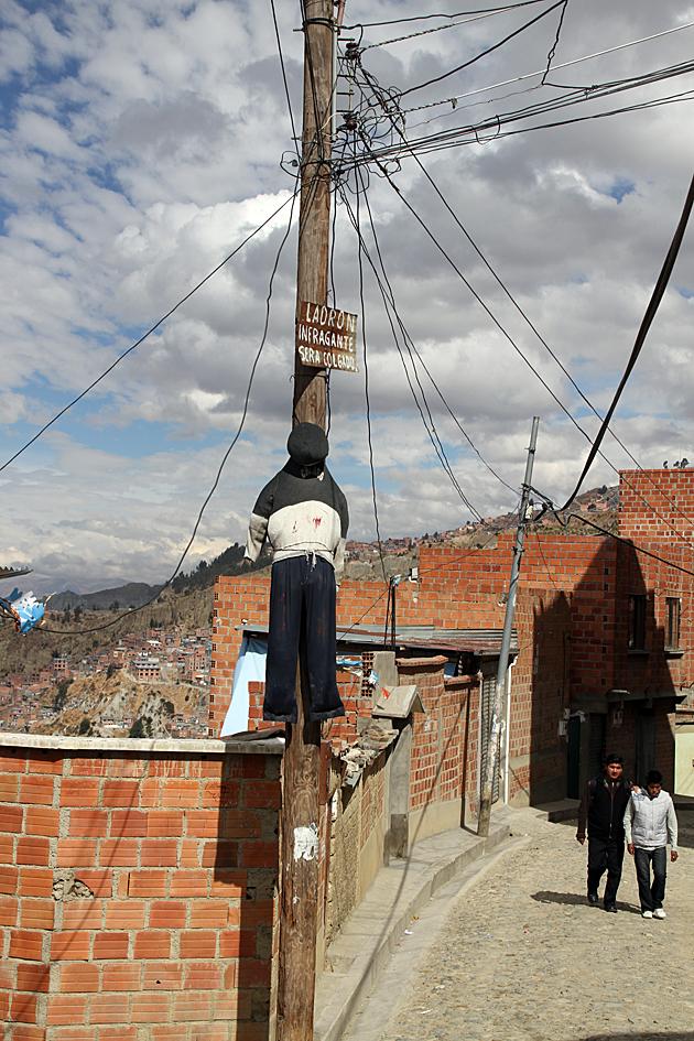 Stealing in La Paz