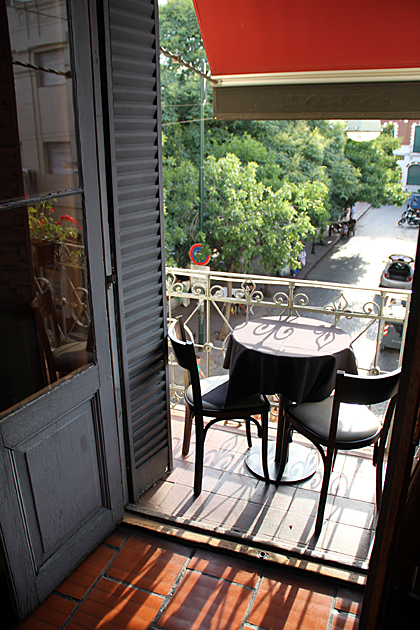 Balcony Dining Buenos Aires