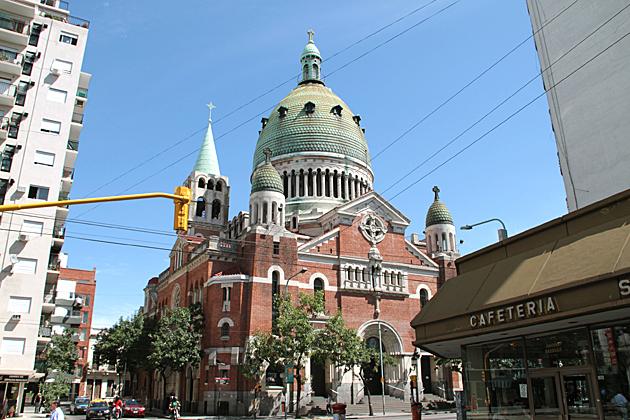 Basilica-Santa-Rosa-de-Lima