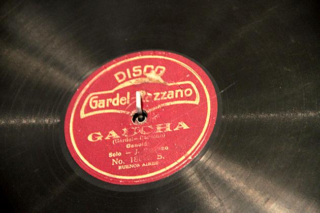 Carlos Gardel Record