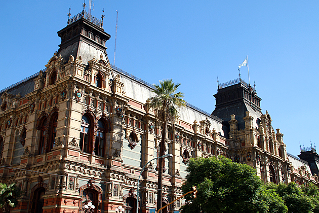 Palace-de-Aguas-Corrientes