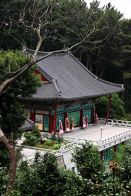 Gupowaeseong-Temple