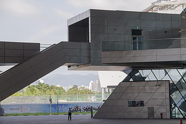 Modern-Architecture-Busan