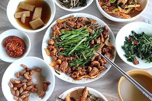 Duck-Bulgogi-Sanseong-Village