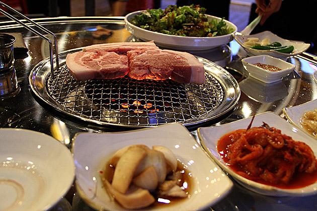 Eating in Korea