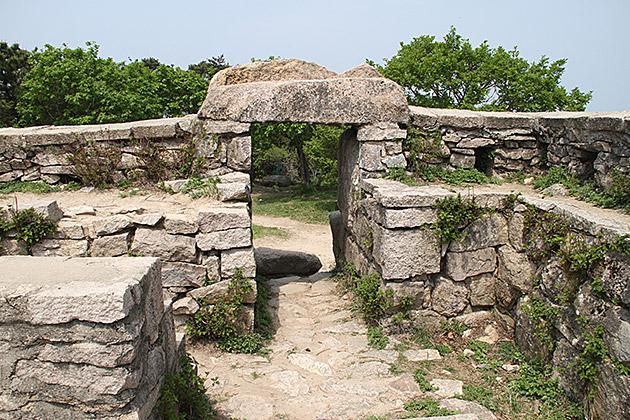 Geumjeongsanseong-Watch-Tower