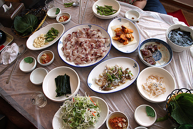 Raw-Fish-Restaurant-Busan