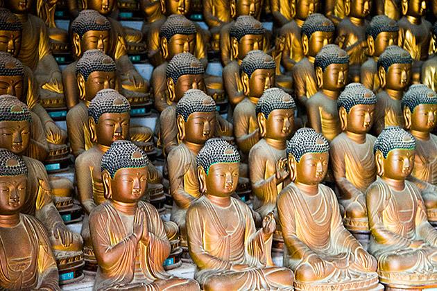 Mass Buddhism