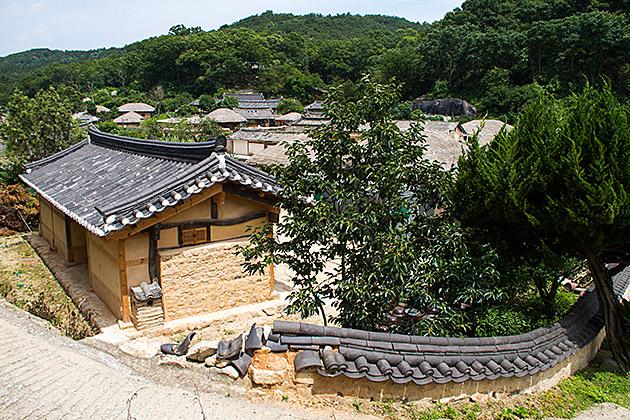 Korean Wall