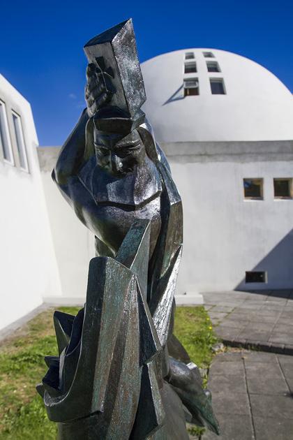 Thor Ásmundur Sveinsson Sculpture