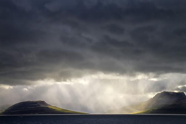 Rain Amazin Light Iceland