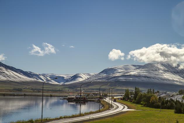 Stret to Akureyri