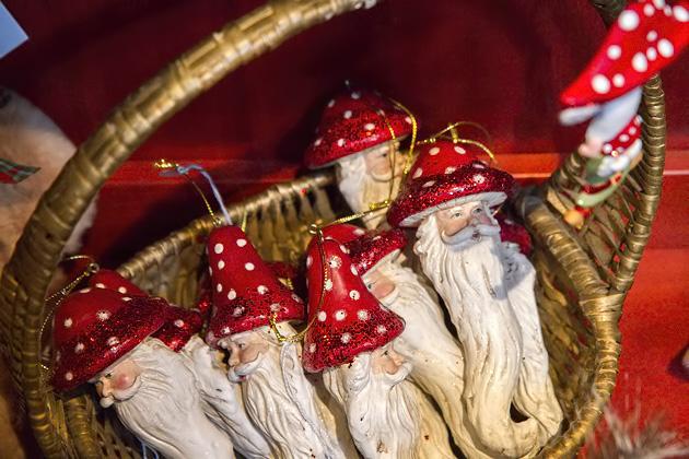 Santan Mushroom Ornaments