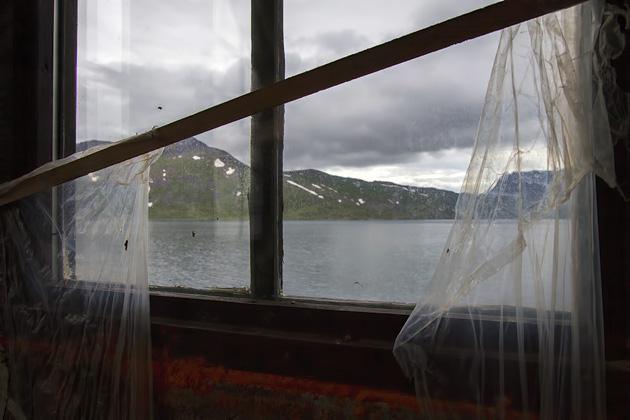 Windows Djúpavík