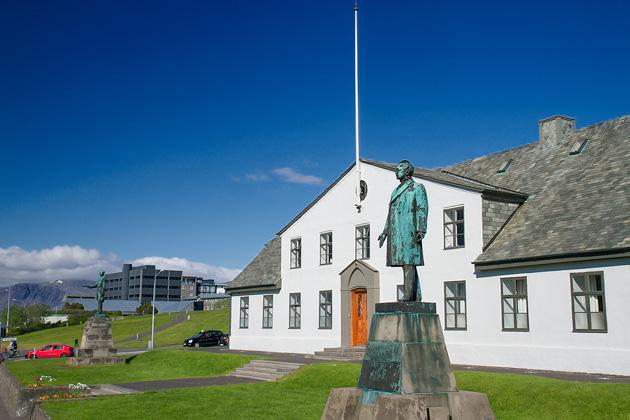 Statures of Reykjavik