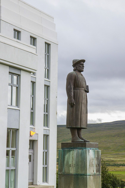 Snorry Statue Iceland