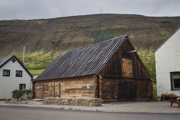 Old Store Þingeyri