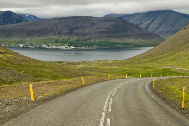 Street to Þingeyri