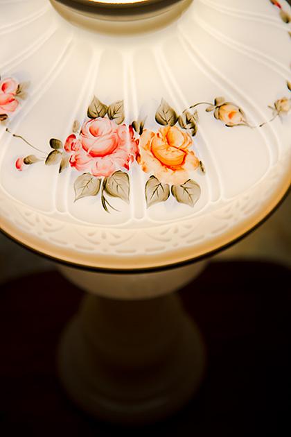 Basque-Flower-Lamp