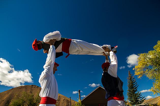 Basque-Lift-Dance