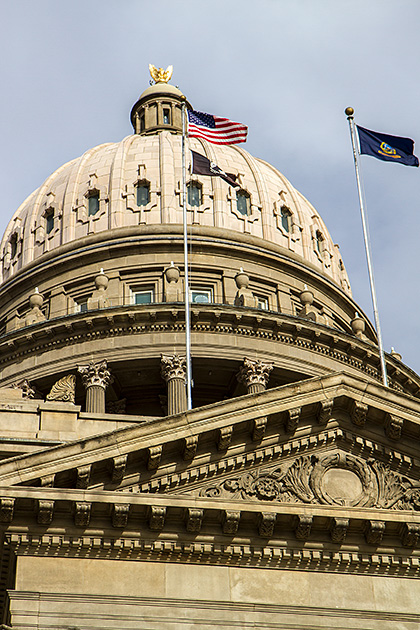 Outside-Dome-Capitol-Buidling-Boise