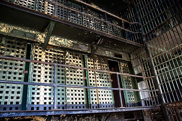 Prison-Cage