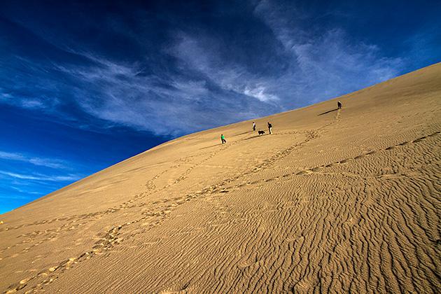 Climbing-Sand-Dunes