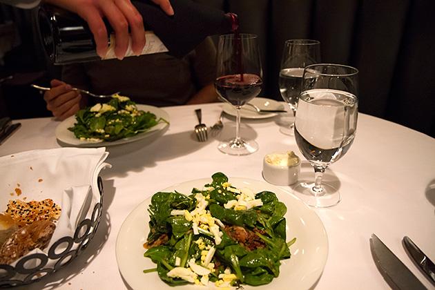 Spinach-Salad-Plateau-Room