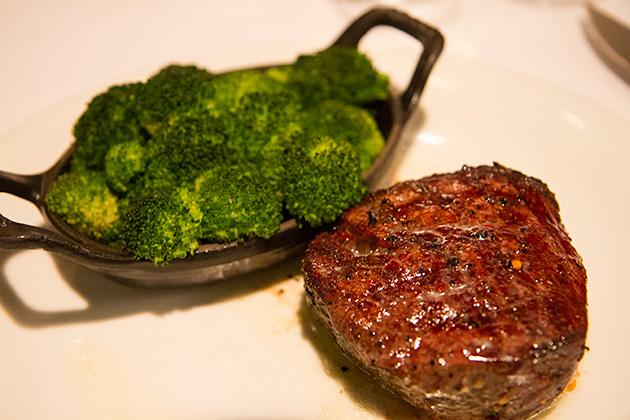 Steak-House-Cactus-Petes-Casino