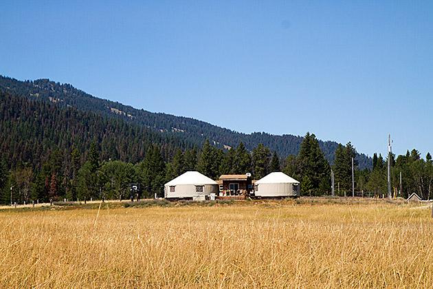 Mangolian-Style-Tent-House-Idaho