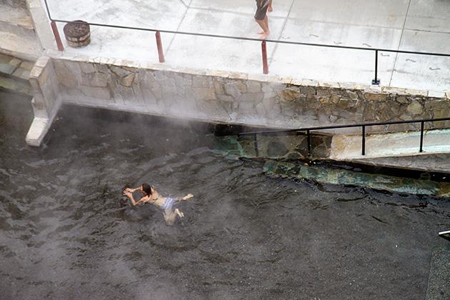 Hot-spring-Swimmer