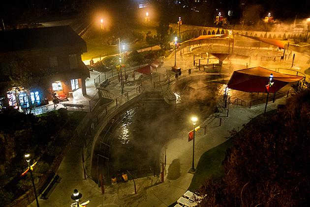 Lava-Hot-Spring-At-Night