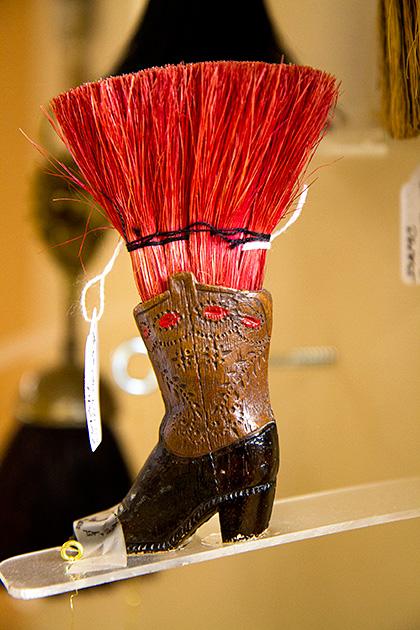 Broom-Boot