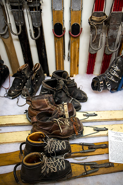 Old-Skiing-Stuff-Idaho