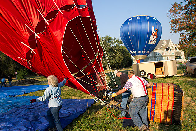 Hot Air Balloon Coming Down