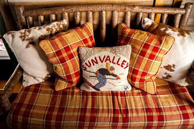 Sun-Valley-Pillow