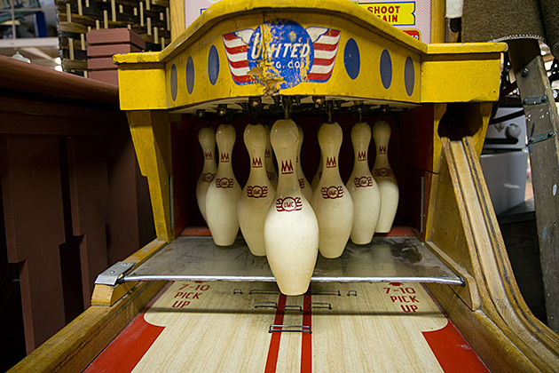 Bowling-Arcade-Machine