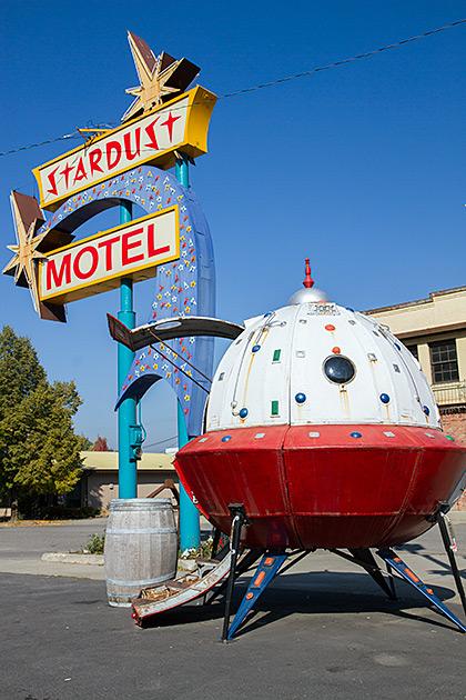 Stardust-Motel-Wallace