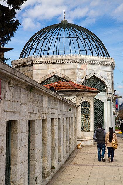 Bird-Dome-Mosque-Uskudar