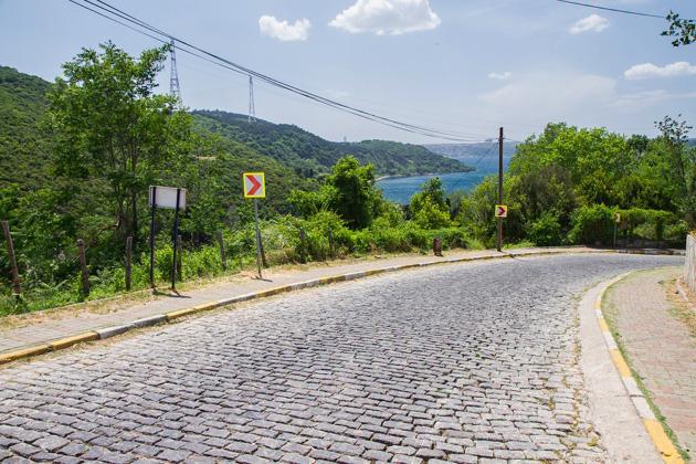 Anadolu Kavağı Hill Street