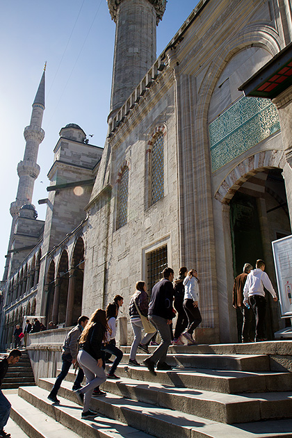 Tourists-In-Istanbul
