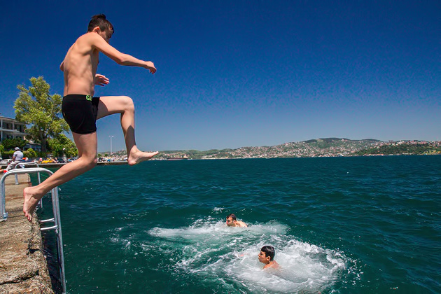 Jump Boys Bosphorus
