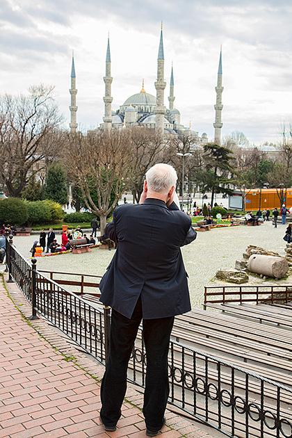 Photographer-In-Istanbul