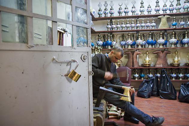 Worker Hans Istanbul Grand Bazaar