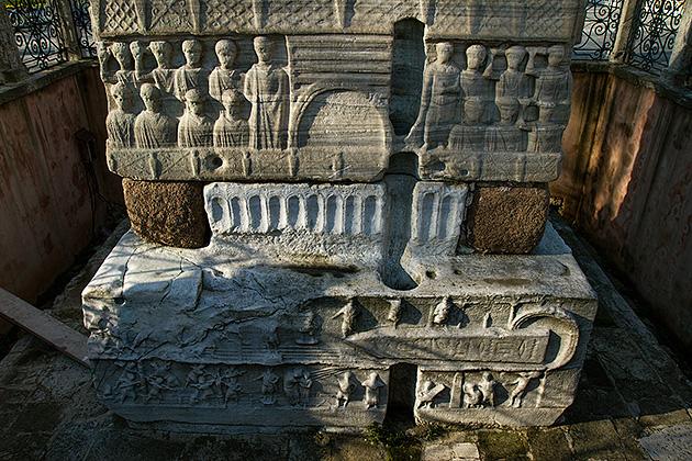 Alexander-The-Great-Obelisk-Istanbul