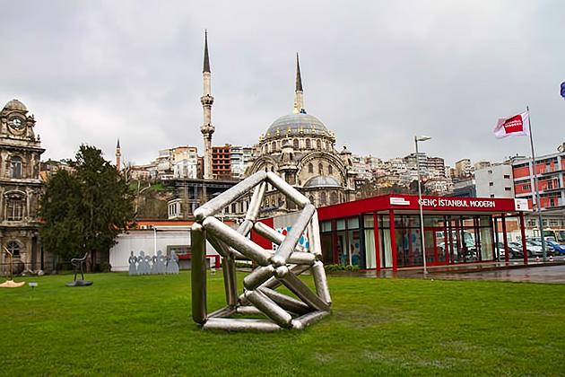 Istanbul-Modern-Sculpture-Park
