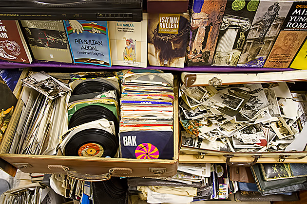 Aslihan-Used-Records