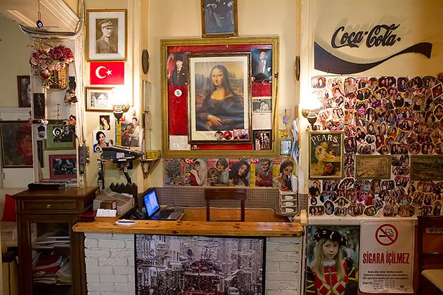 Rumeli-Cafe-Mona-Lisa