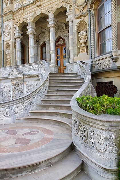 James-Bond-Palace-Istanbul
