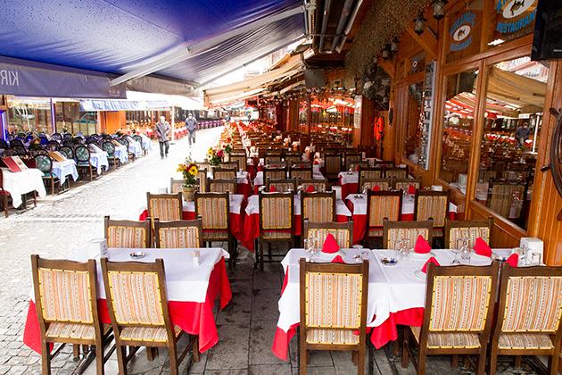 Tons-Of-Restaurants
